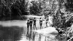 RCMS 371_5_424 Sakai hunters, Malaya, 1929