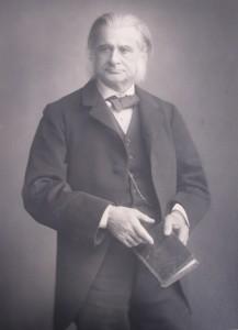 Y3011JJJ_31Thomas Henry Huxley, biologist